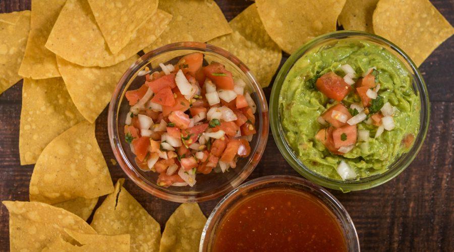 chips-salsa-guacamole-pico-de-gallo